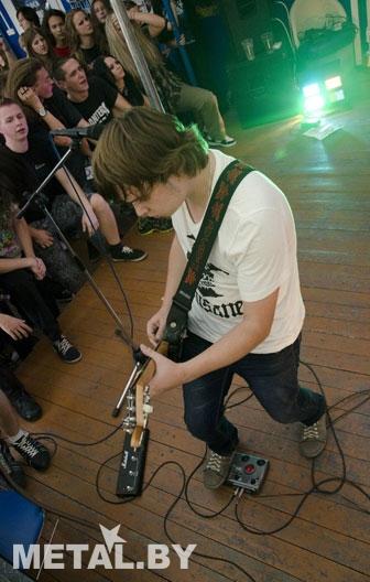 Гитарист группы Disane Johnny