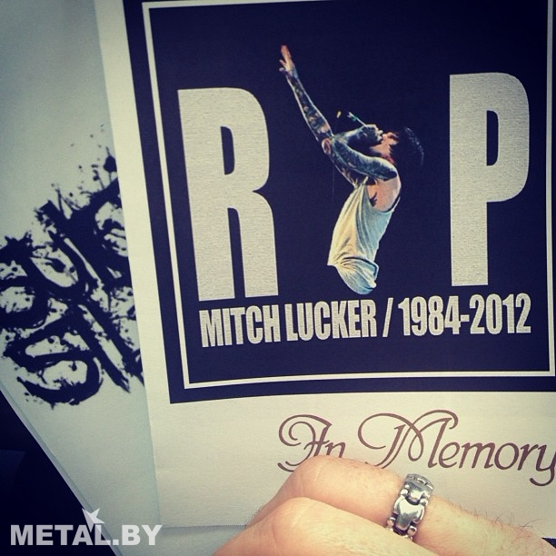 Фотография программы похорон Митча Лакера